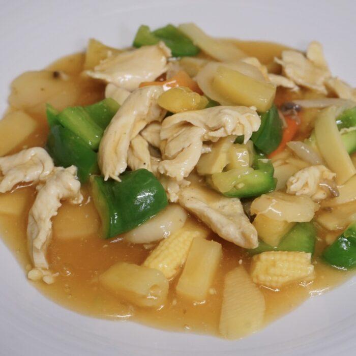 34. Kylling chopsuey m/ananas & paprika